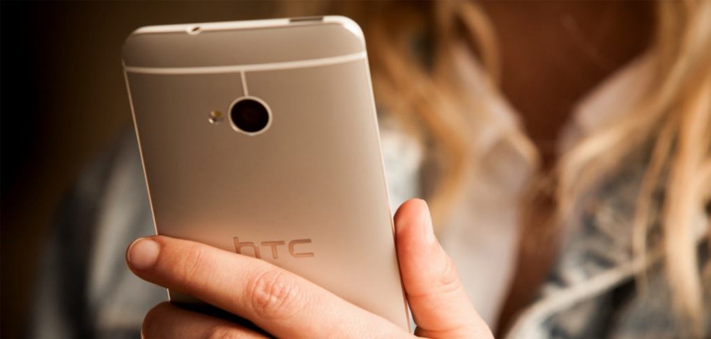 HTC-One-lifestyle-003