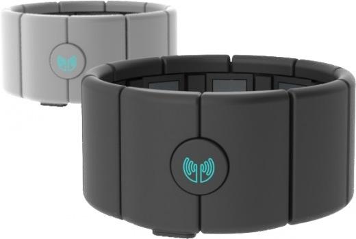 Thalmic-Labs-MYO-armband-two-up