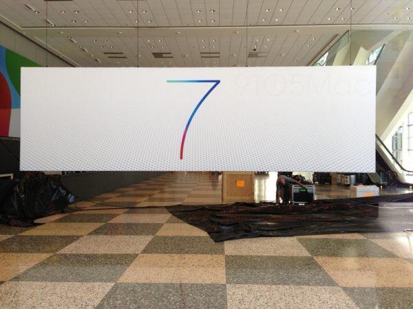 Logo-iOS7-Apple-2013