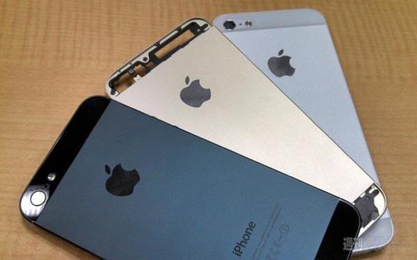 De-nouvelles-photos-de-l-iPhone-5S-couleur-Champagne-iphonote-2