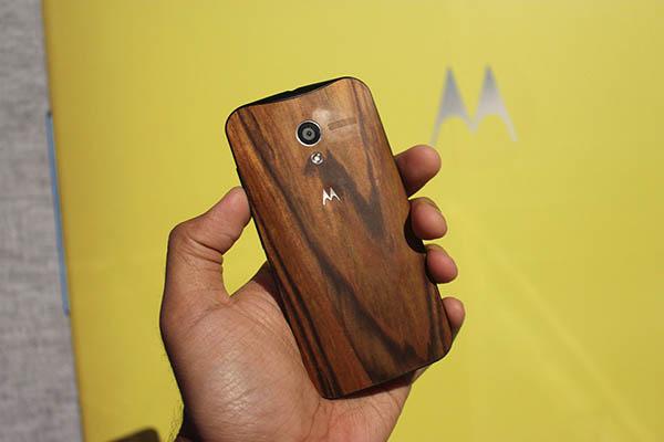 Motorola-Le-Moto-X-est-devoile-ecran-AMOLED-4.7-pouces-iphonote-2