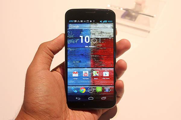 Motorola-Le-Moto-X-est-devoile-ecran-AMOLED-4.7-pouces-iphonote-3