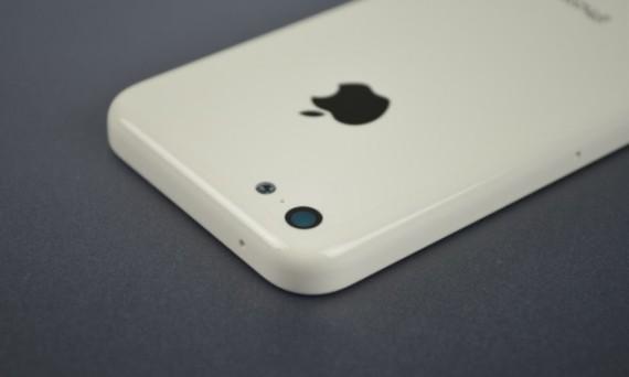 iPhone-5C-De-nouvelles-photos-et-un-prix-plus-cher-que-prevu-iphonote-3