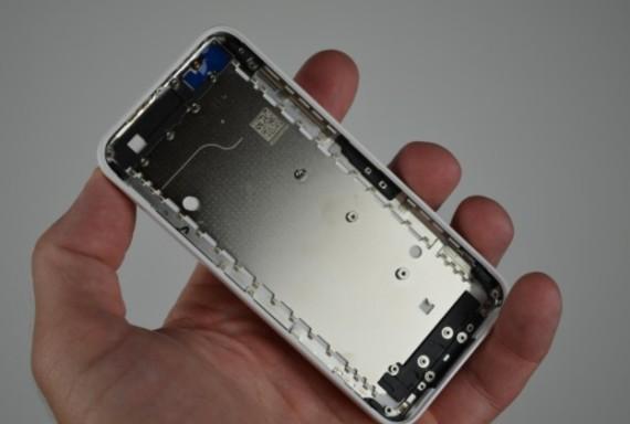 iPhone-5C-De-nouvelles-photos-et-un-prix-plus-cher-que-prevu-iphonote-9