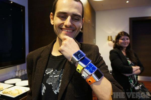 IFA-Samsung-devoile-sa-montre-Galaxy-Gear-iphonote-4