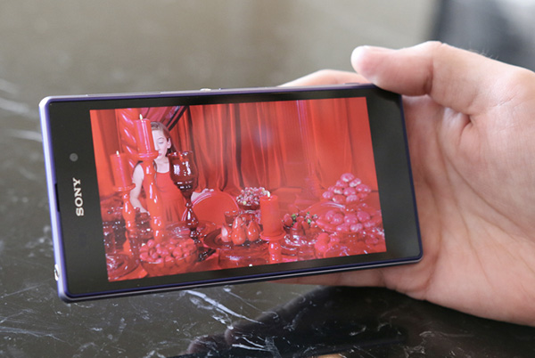 IFA-Sony-annonce-son-Xperia-Z1-et-les-objectifs-QX10-QX100-iphonote-2