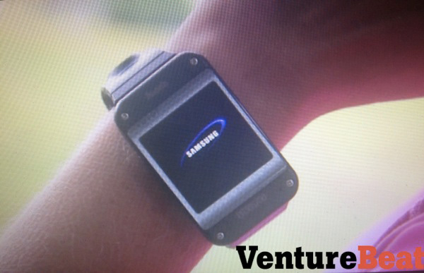 Samsung-montre-Galaxy-Gear-iphonote