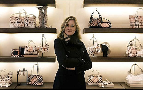 Angela-Ahrendts-rejoint-Apple-en-tant-que-Senior-Vice-President-de-Apple-Retail-500x313