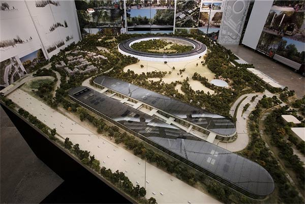 SpaceShip-La-maquette-du-futur-Campus-Apple-6-600x401