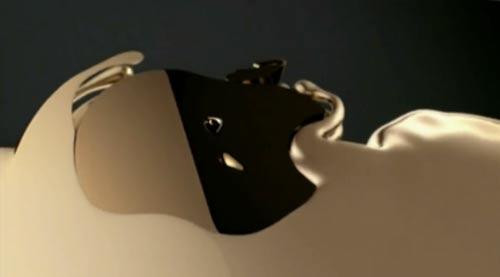 apple-publicite-iphone-5S-or-500x277