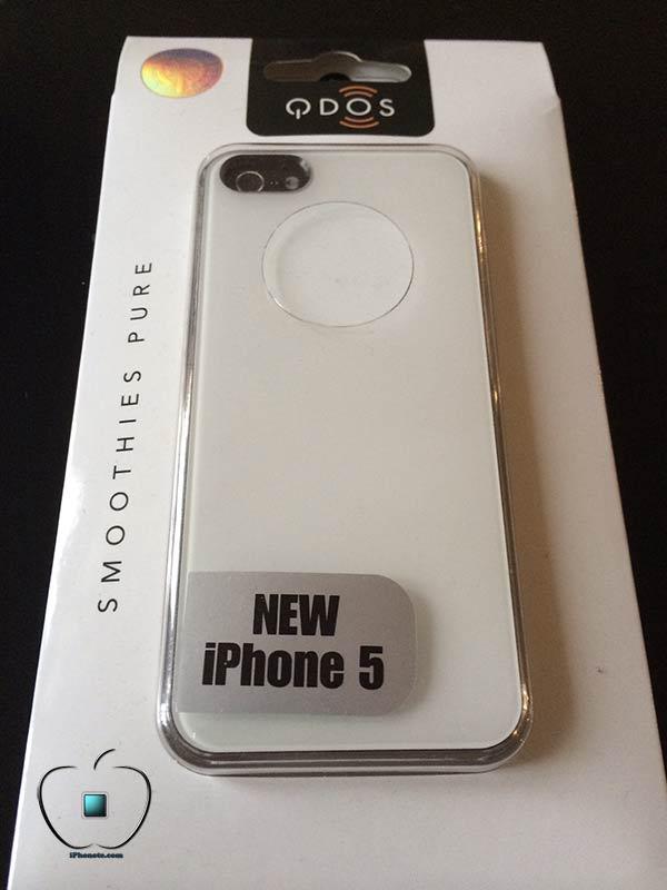 Presentation-de-la-coque-Qdos-Smoothies-Pure-blanche-pour-iPhone-5S-5-600x800