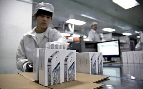 iPhone-5S-La-production-s-accelere-a-500.000-unites-par-jour-500x313