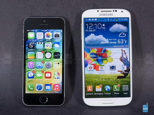 iPhone-6-et-iPhone-6C-Deux-nouveaux-iPhone-avec-ecran-plus-grand-en-2014-500x375