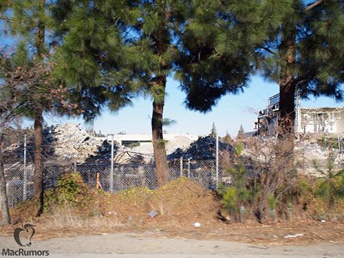 Apple-Campus-2-La-demolition-suit-son-cours-3-500x375
