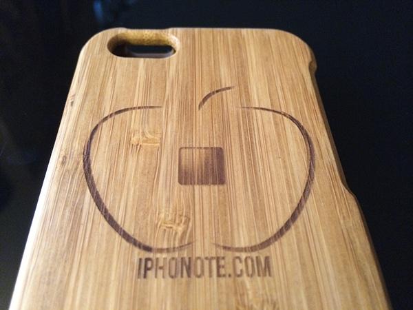 accessoires-primovisto-presentation-de-la-coque-iphone-5s-et-le-socle-en-bambou-600x450