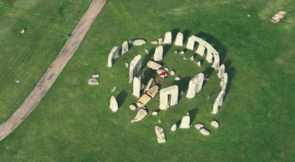 iphonote.com_ apple-ameliore-son-service-flyover-3d-de-plans-et-ajoute-le-monument-de-stonehenge