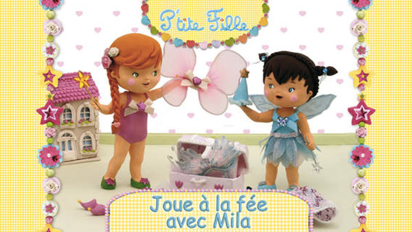 P-tite-Fille-Mila-joue-a-la-fee
