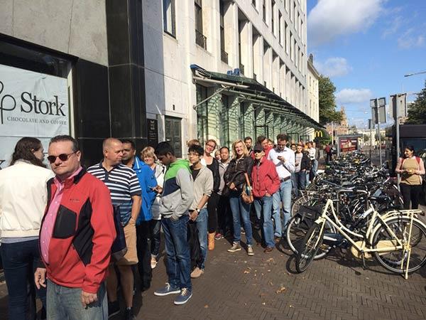 1200-personnes-a-l-ouverture-du-troisieme-apple-store-aux-pays-bas_4