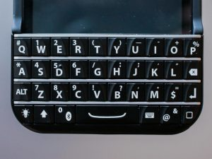 iphone-typo-keyboard-1
