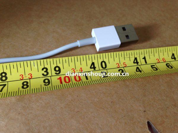 iphone-6-premier-test-du-cable-usb-3-lightning-reversible-avec-une-vitesse-de-chargement-de-20v-7