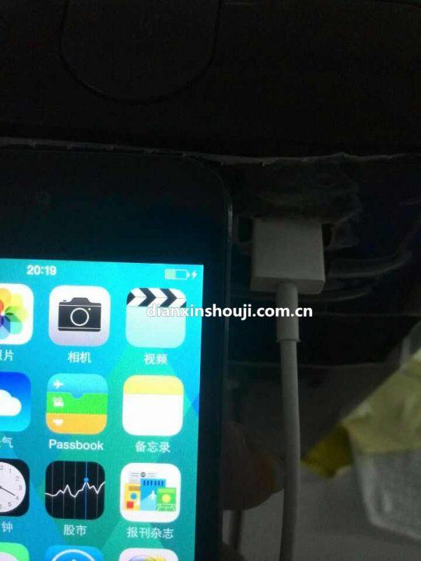 iphone-6-premier-test-du-cable-usb-3-lightning-reversible-avec-une-vitesse-de-chargement-de-20v_8