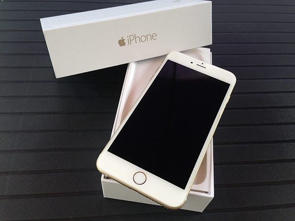 iphone-6-plus-128go-ca-y-est-il-est-la-et-en-photos_4