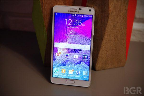 les-iphone-6-seront-ils-a-la-hauteur-face-au-galaxy-note-4-de-samsung_2