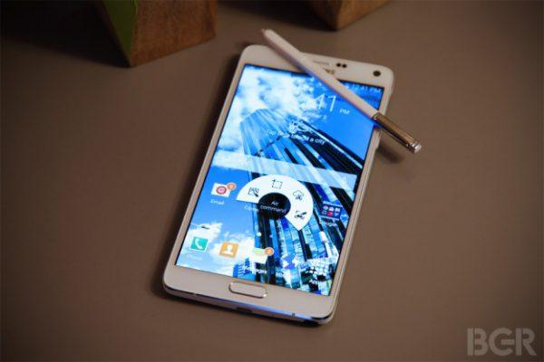 les-iphone-6-seront-ils-a-la-hauteur-face-au-galaxy-note-4-de-samsung_3