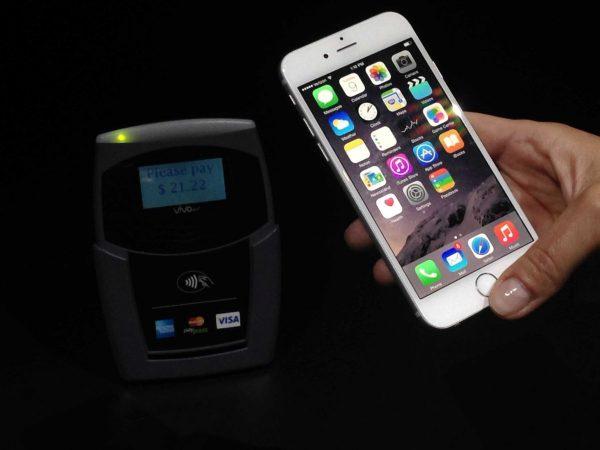 apple-pay-debarque-le-18-octobre-pour-les-premiers-achats-us_2