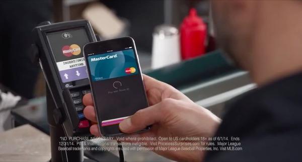 mastercard-fait-la-promotion-dapple-pay-dans-deux-premieres-publicites