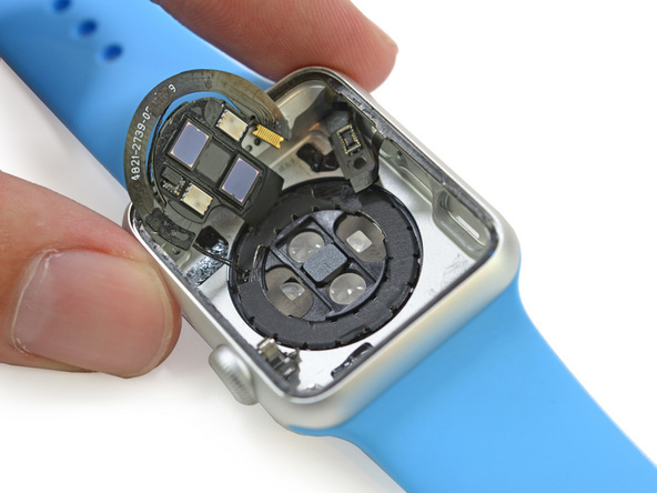 ifixit-demontage-de-lapple-watch-en-photos_14