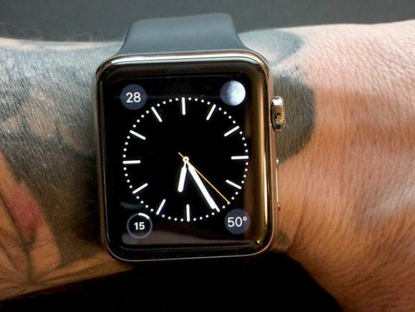 lapple-watch-semble-avoir-du-mal-a-detecter-la-peau-des-utilisateurs-tatoues