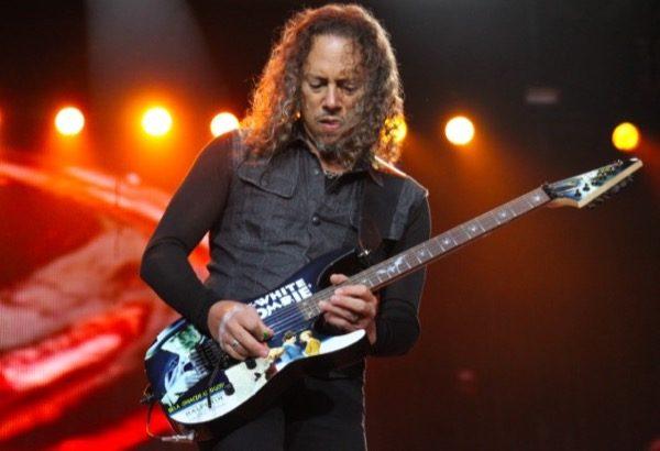 le-guitariste-de-metallica-perd-son-iphone-et-les-250-nouveaux-riffs-stockes-dessus-utiles-a-leur-prochain-album