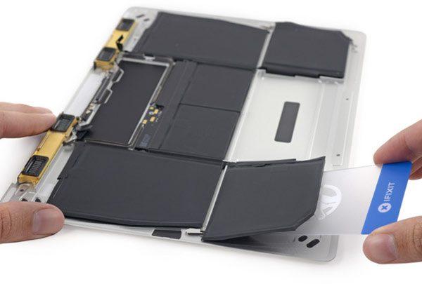 le-macbook-retina-a-egalement-eu-droit-a-un-demontage-par-ifixit-la-note-fait-mal