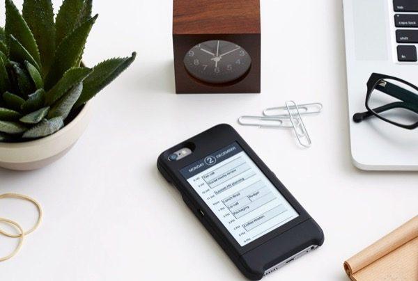 popslate-ajoute-un-second-ecran-a-votre-iphone-6-et-le-transforme-en-liseuse_2