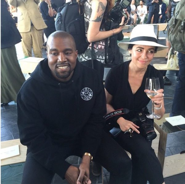kanye-west-opte-pour-une-apple-watch-edition-or-personnalisee_2