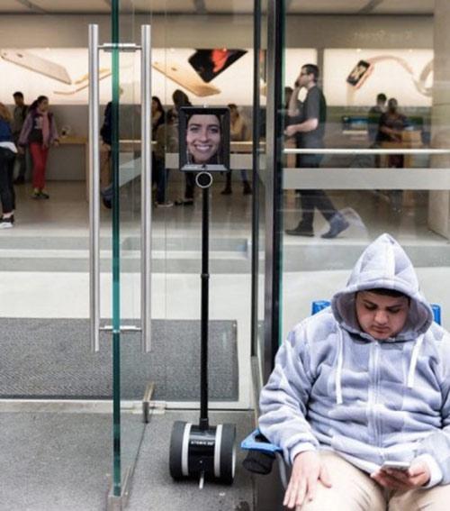 insolite-un-robot-de-telepresence-pour-etre-sur-davoir-un-iphone-6s-demain
