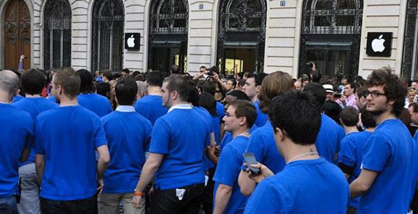 apple-a-maintenant-le-droit-de-fouiller-les-sacs-de-ses-employes