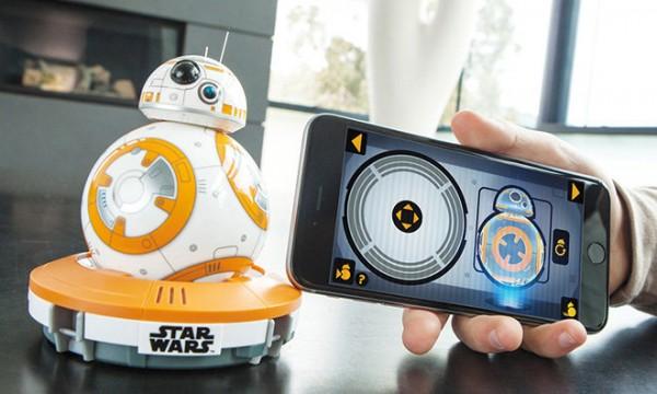 idee-cadeau-noel-le-bb-8-de-star-wars-episode-vii-a-commander-avec-votre-iphone_1