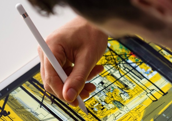 le-pencil-dapple-semble-plus-fluide-que-le-stylet-de-la-surface-pro-4-video