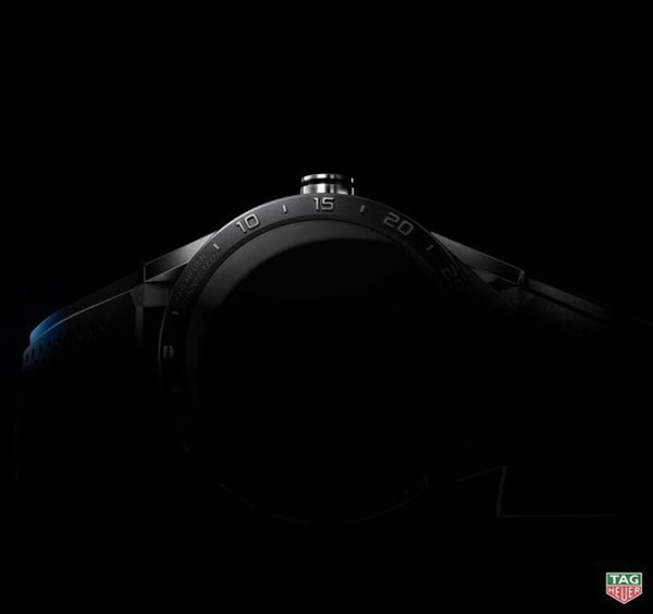tag-heuer-sapprete-a-devoiler-sa-montre-connectee-carrera-connected-a-1-500-dollars