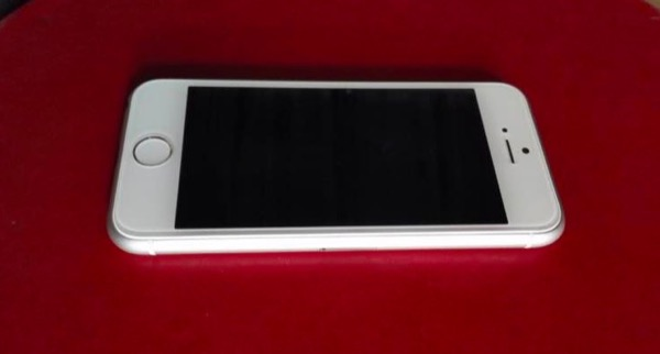 iphone-6c-serait-ce-le-futur-iphone-de-4-pouces-sur-ces-photos_2