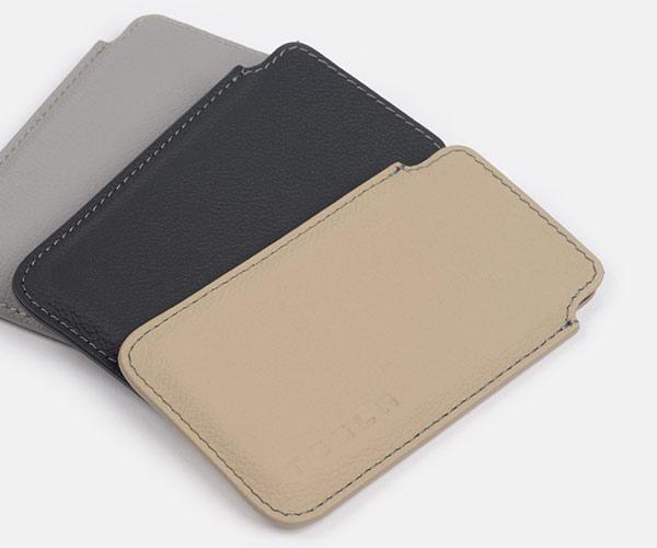 tesla-presente-ses-protections-en-cuir-pour-iphone-et-ipad