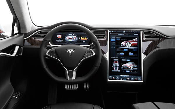 tesla-pourrait-bien-integrer-carplay-et-android-auto-dans-ses-vehicules
