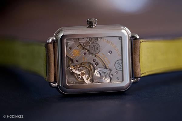 une-apple-watch-mecanique-pour-25-000-dollars-concue-par-un-horloger-suisse
