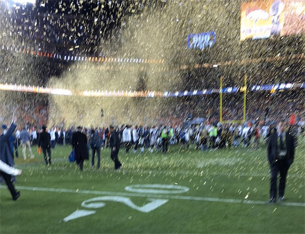 finalement-tim-cook-retire-sa-photo-ratee-du-superbowl-de-son-compte-twitter