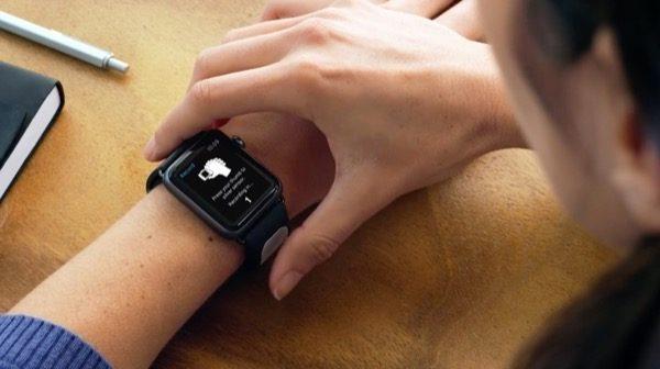 alivecor-nouveau-bracelet-apple-watch-pourrait-bien-sauver-vies