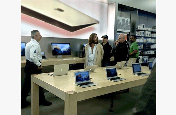 jesus-a-ete-arrete-apple-store-de-philadelphie