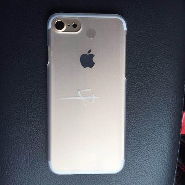 iphone-7-un-second-haut-parleur-pourrait-etre-de-la-partie_2