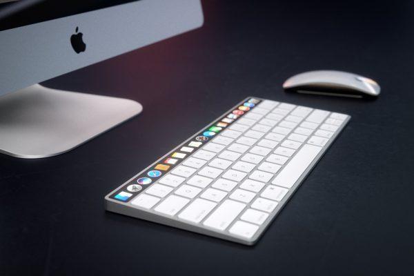 la-barre-oled-apparait-sur-un-concept-du-magic-keyboard